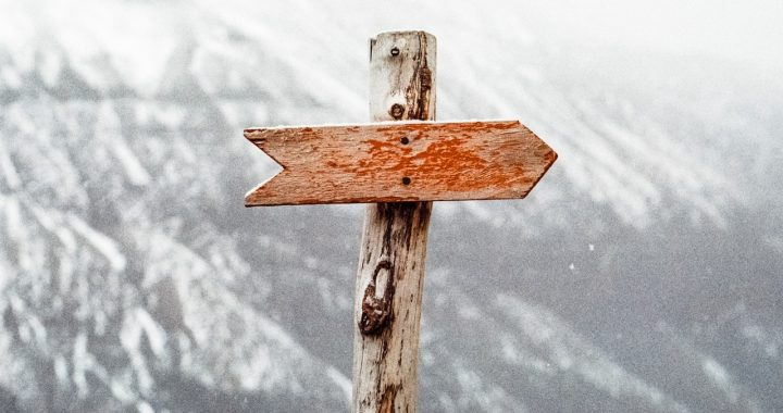 arrow pointing right do realtors really need leads